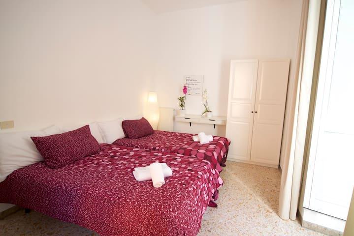 Central Room near Piazza di Spagna