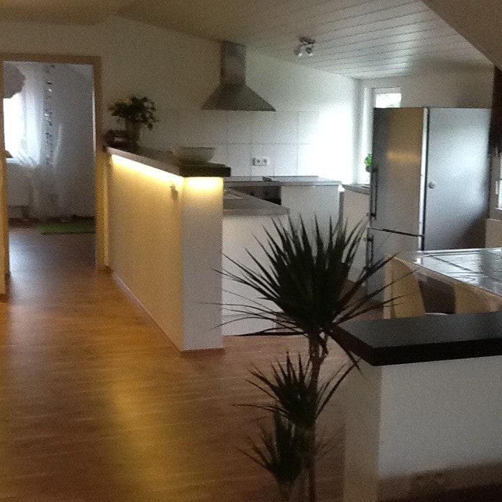 Schöne zentrale  Zwei-Zimmerwohnung in Altenstadt