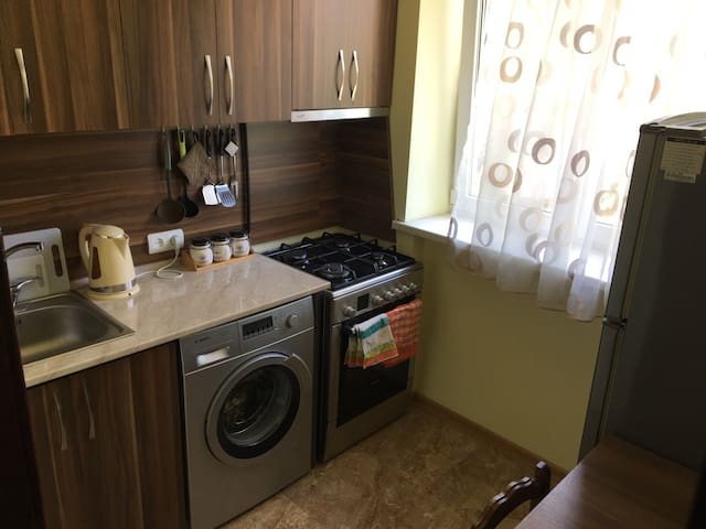 Comfortable small apartment on Komitas street