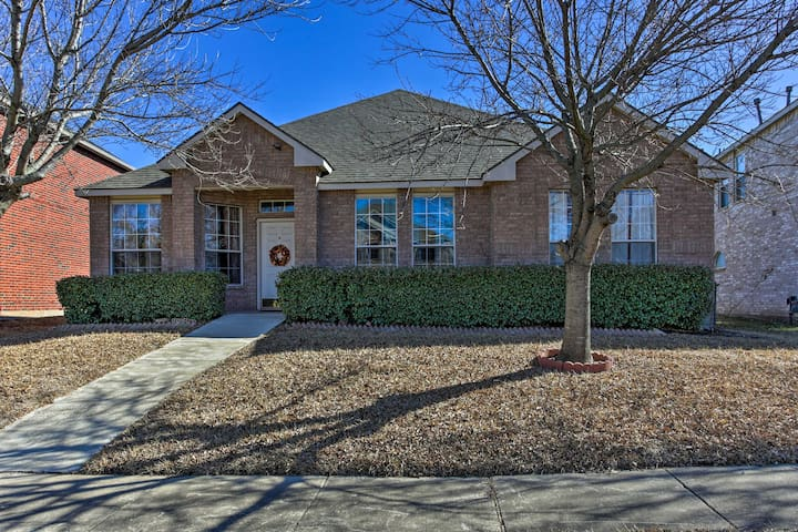 NEW! Remodeled 4BR Garland House w/Gazebo & Patio!