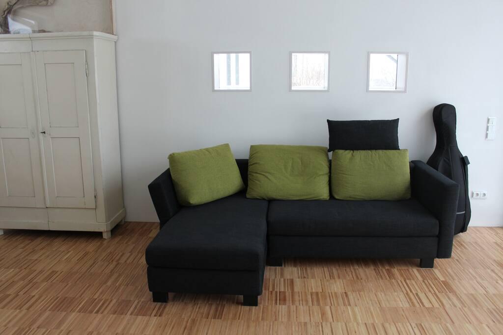 Sofa und Bett zugleich - hochwertige Schlafcouch für ruhige Nächte