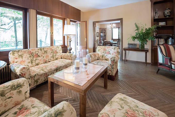 Amazing villa for two families with kids, Granada