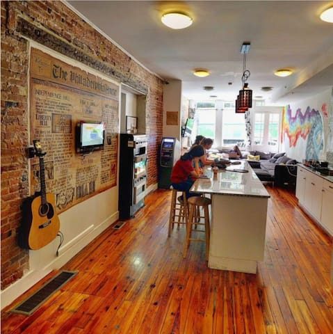 4 Bed Dorm in Beautiful Old City Philly Hostel