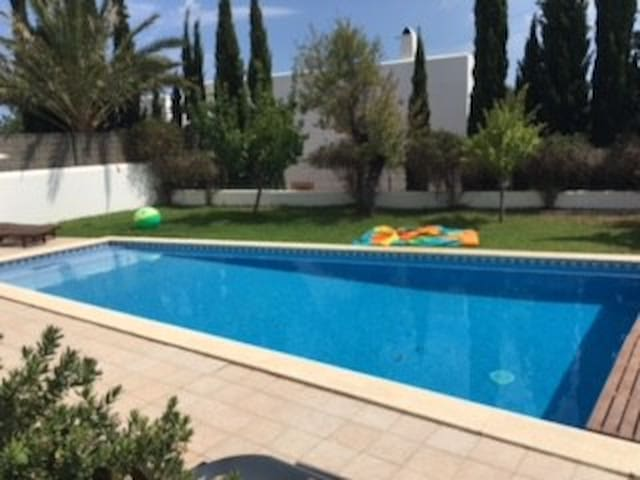 Lovely 5 bedroom house in centre of Ibiza island - Santa Gertrudis de Fruitera - Apartment