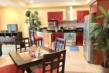 Dinning Area & Kitchen