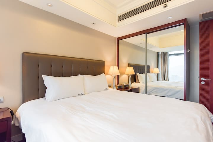3km north to Xihu Lake luxury serviced apartment! - Hangzhou - Huoneisto