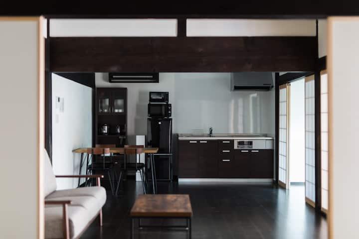 築100年を越える古民家を一棟丸ごと貸切!自然の中での暮らしを感じる宿泊施設Solii【yama】