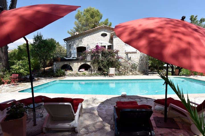 villa St Paul , piscine, jardin calme