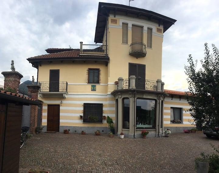 Luminosa Suite in villa con terrazzo
