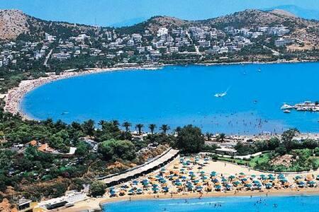 Athens Riviera Voula Sea Views VILLA Sleeps 5 - Voula