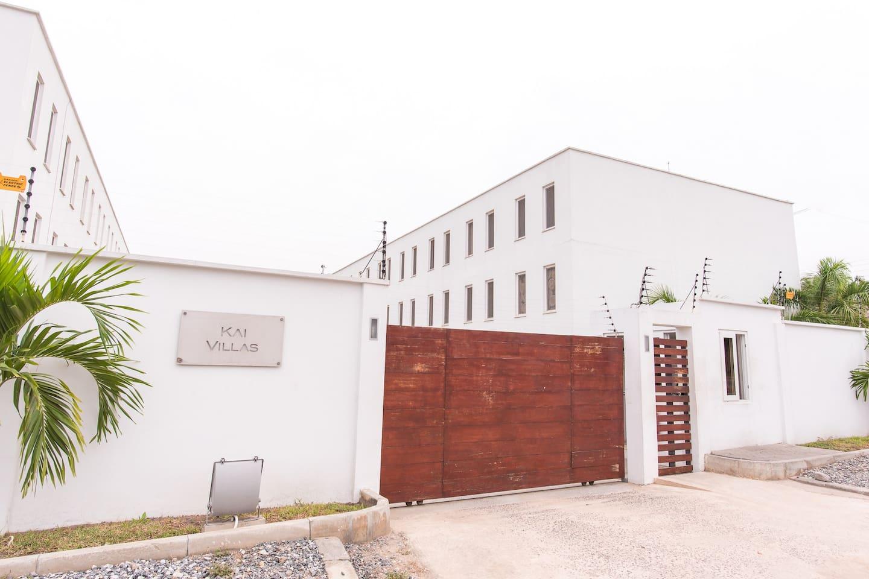 Eden Luxury Townhouse Paradise Townhouses For Rent In Accra  # Muebles Eden En Las Palmas