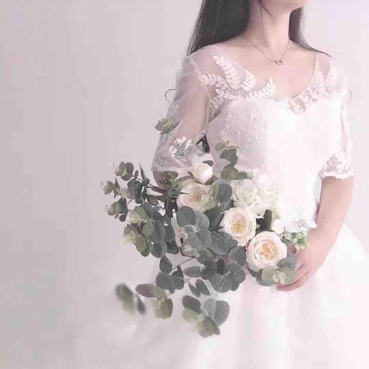 清舍婚纱摄影房(免费提供五套婚纱)