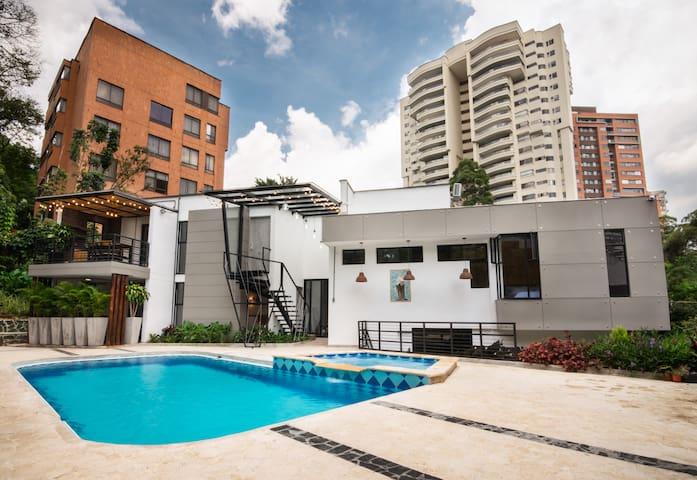 LUXURY BOUTIQUE Apartment in POBLADO