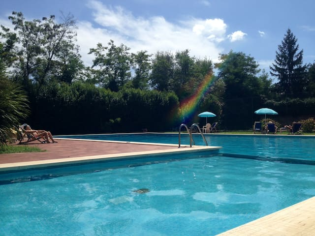 White home pool and tennis - Řím - Byt