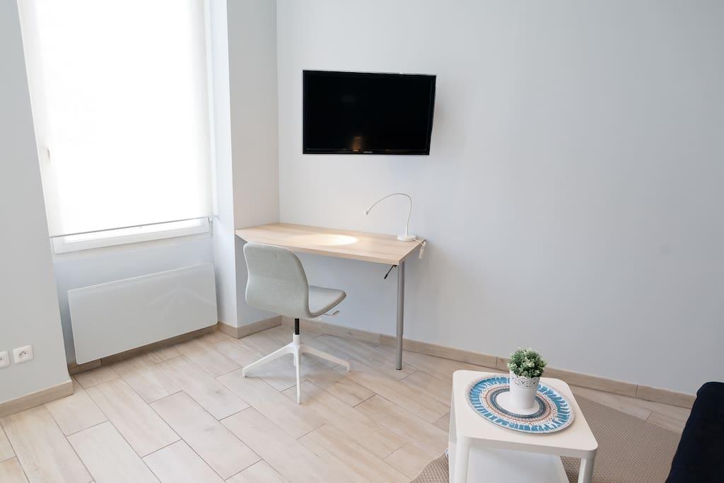 Espace bureau / TV orientable