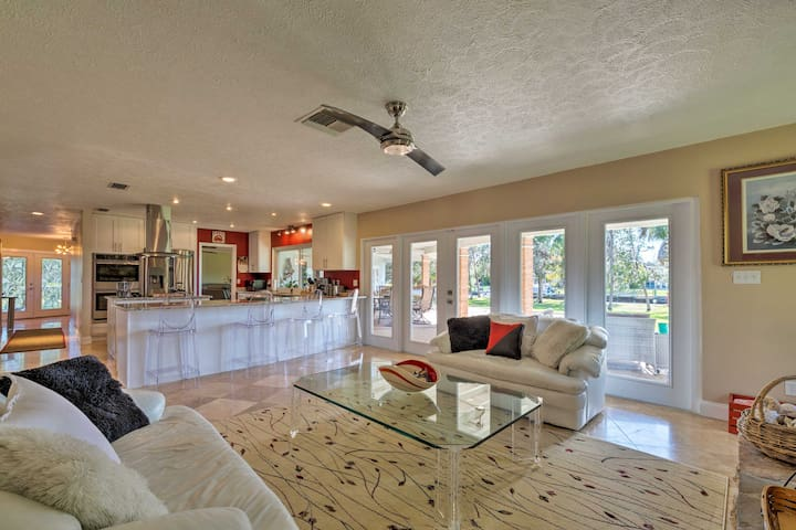 Waterfront 1.5-Acre Crystal River Retreat w/ Dock!