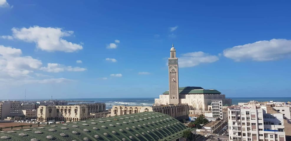 Casablanca Madina's Ocean views 1 and breakfast.