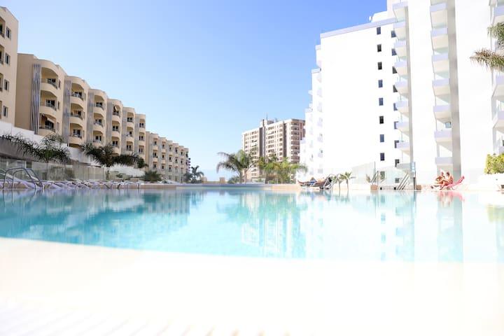 Luxury apartment in Playa Paraiso