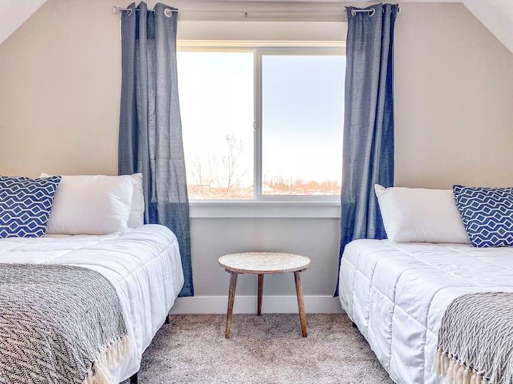 Brand New,Clean,Modern Home near Yellowstone/BYU