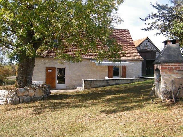 Gite dans le Causse du Quercy - Le Bastit - Dom