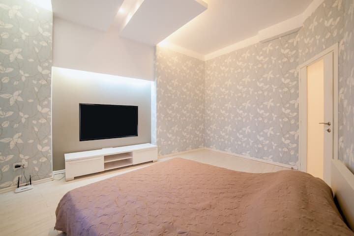 Спальня №4 с двухспальной кроватью