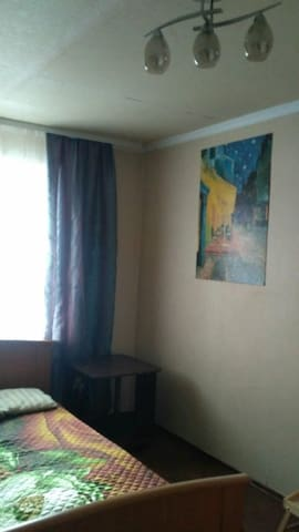 Двух комнатная квартира от хозяина посуточно!