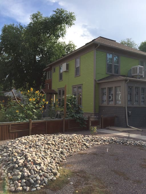 In town bike friendly modern apt apartments for rent for 707 foodbar grand junction