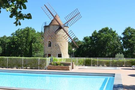 Maison mitoyenne proche du village - Vallon-Pont-d'Arc