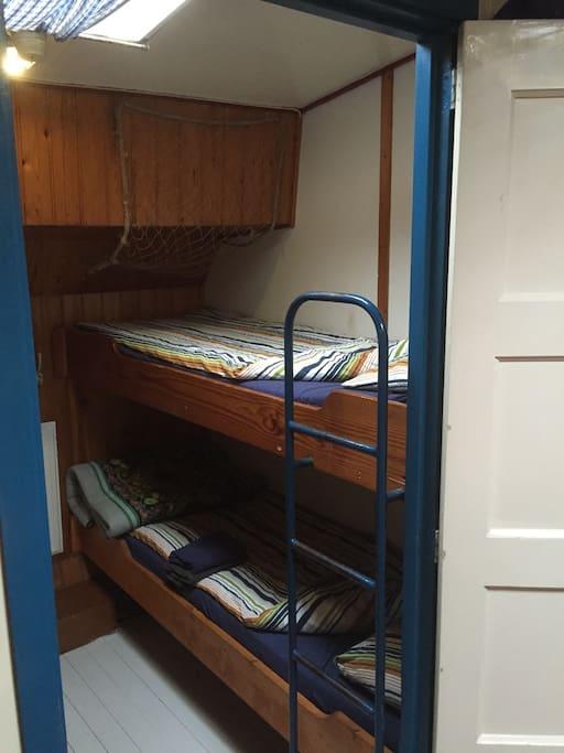 bateau pour dormir verandering bateaux louer amsterdam noord holland pays bas. Black Bedroom Furniture Sets. Home Design Ideas