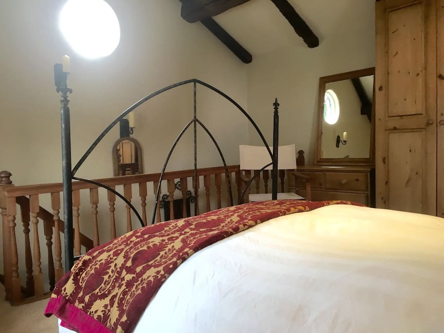 Double bed with ample wardrobe and drawer space