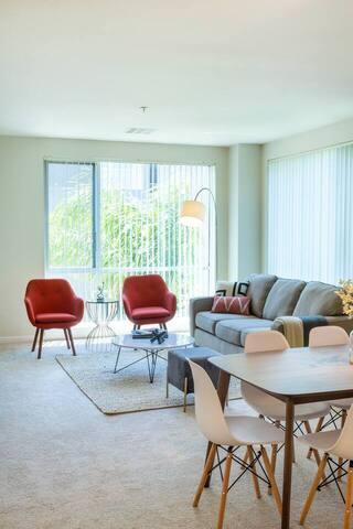 Kasa | Santa Clara | Sleek & Spacious 2BD/2BA Apartment
