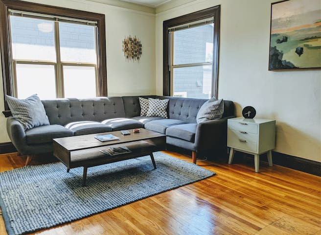 Renovated Victorian w/ 3 Beds near NW 23rd!