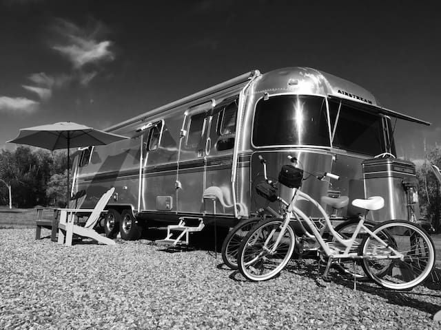 Airstream at the Boulder Rez