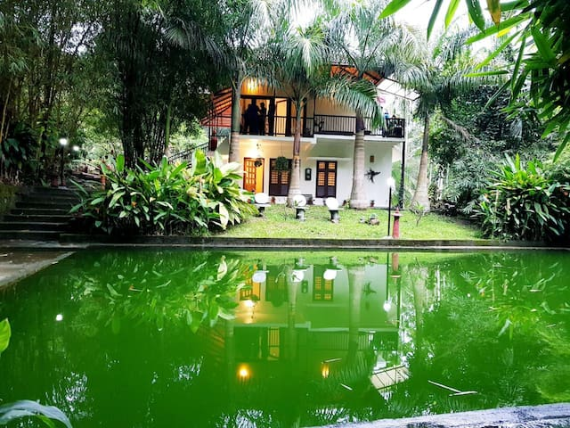 HOMESTAY CLOSE TO NATURE WITH SWIMMING POOL