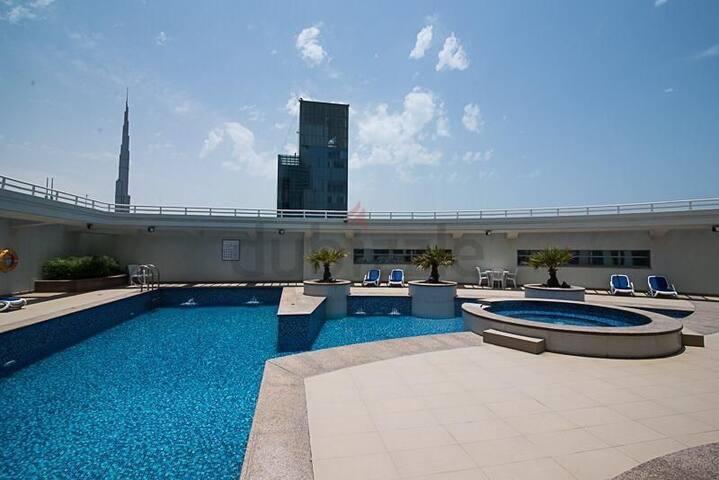 Modern Apartment next to Metro and Burj Khalifa