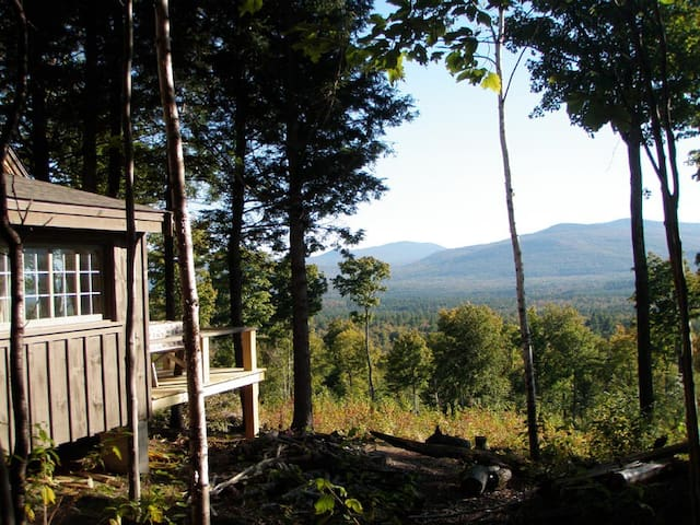 Off Grid Remote Cabin with AMAZING Mountain Views - Andover - Casa de campo
