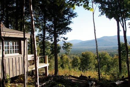 Off Grid Remote Cabin with AMAZING Mountain Views - Andover - Sommerhus/hytte