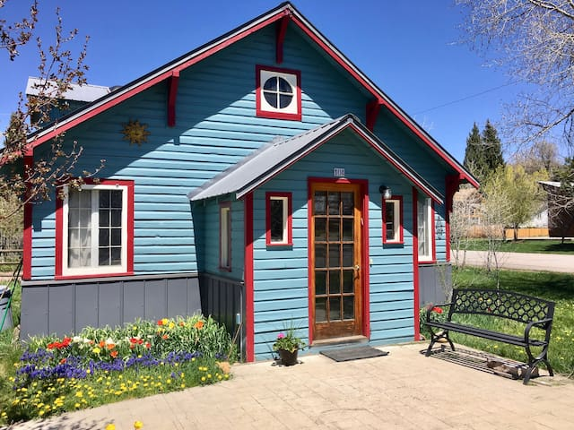 Cozy home in downtown Steamboat Springs