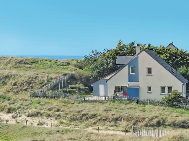 Holiday home in Surville