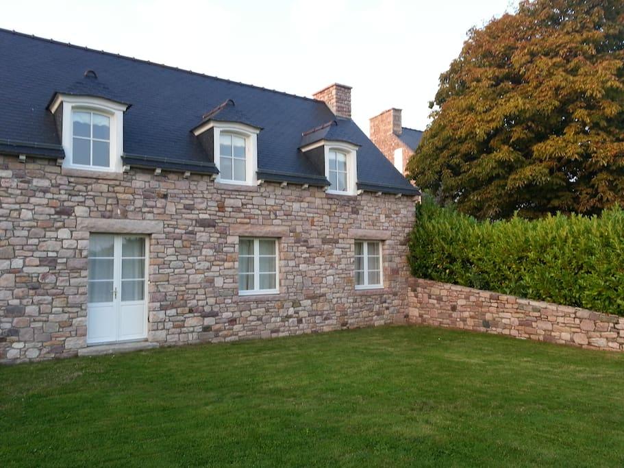 Tr s belle location en bretagne maisons louer erquy - Maison a louer en bretagne ...