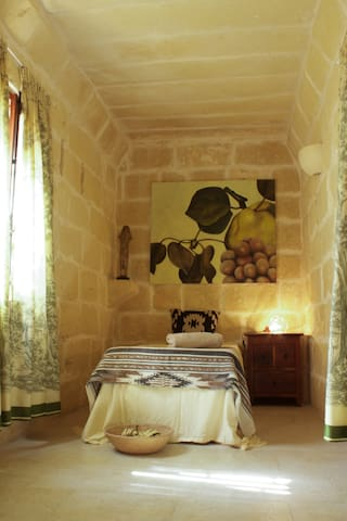 Single Room in authentic Gozo-Farmhouse - L-Għarb - Aamiaismajoitus