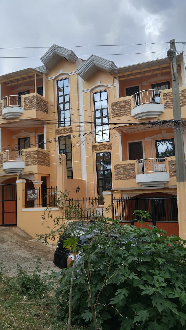 One New 3 Storey House Montebello Rd 2,Bakakeng