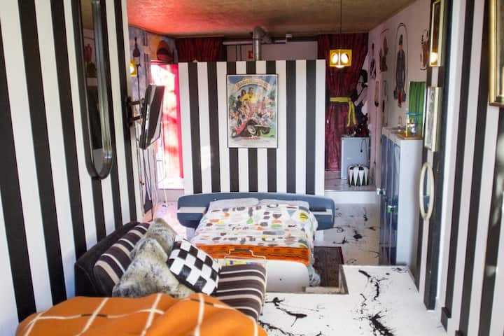 Apartment 901. Design Arty Apartment in Eindhoven
