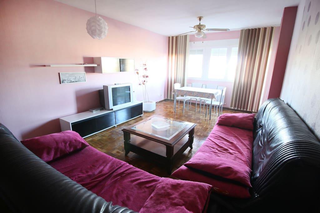 Habitaci n privada parking privado y piscina apartamentos en alquiler en tomelloso castilla - Habitacion piscina climatizada privada ...