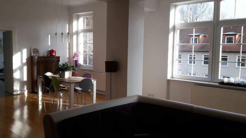 Charmante offene Altbauwohnung - Hameln  - Apartemen