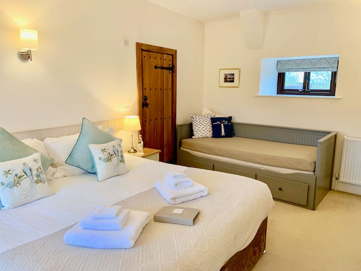Family Suite for Five, 4* B&B Accommodation