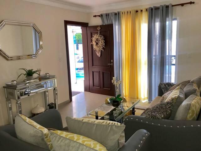 Apartamento moderno y confortable! San fco macoris