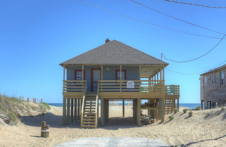 5011 Sun of a Beach * Oceanfront * Dog Friendly * Walk to Restaurants & Shops