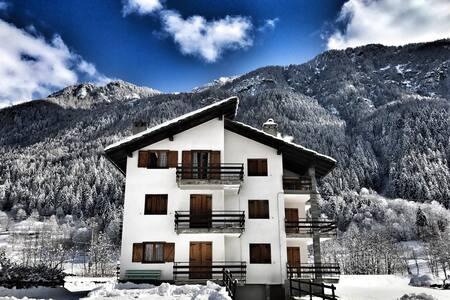 Appartamento a Valtournenche - Moulin - Huoneisto