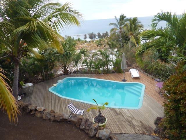 studio rez de jardin face piscine - Saint-Leu - Dom